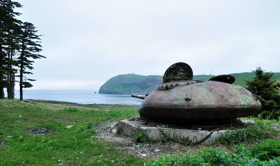 Abandoned tanks, Shikotan Island, Sakhalin region, Russia, photo 24