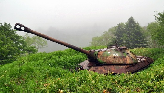 Abandoned tanks, Shikotan Island, Sakhalin region, Russia, photo 26