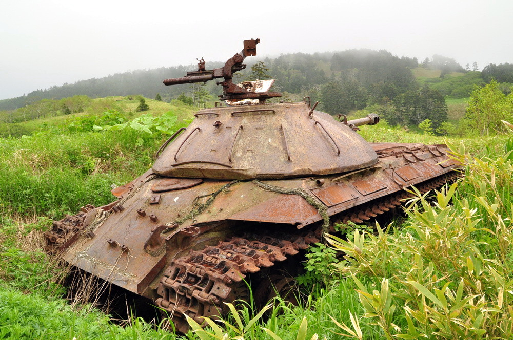 Abandoned tanks, Shikotan Island, Sakhalin region, Russia, photo 3