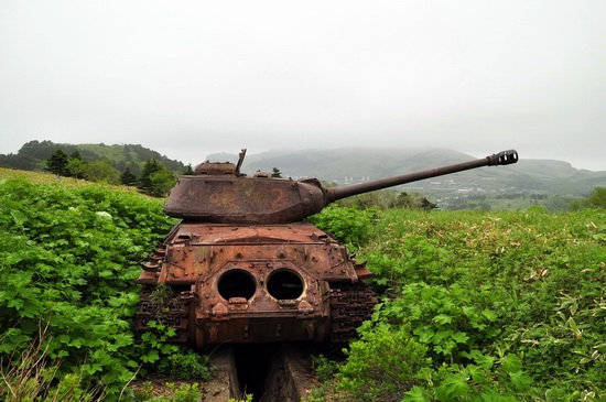 Abandoned tanks, Shikotan Island, Sakhalin region, Russia, photo 6