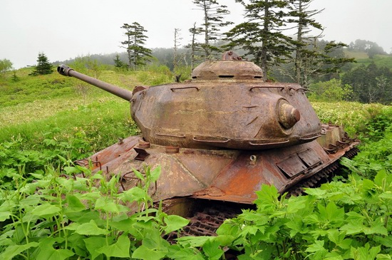 Abandoned tanks, Shikotan Island, Sakhalin region, Russia, photo 7