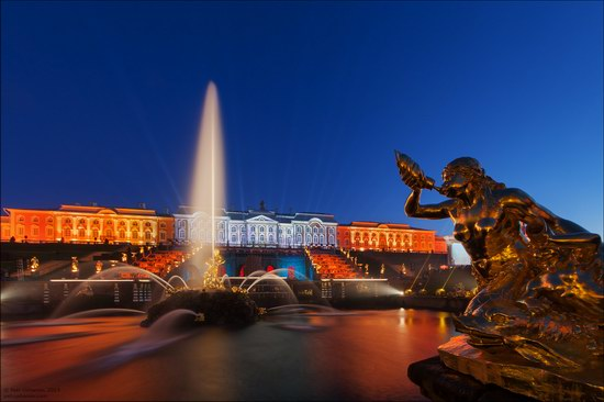 The Festival of Fountains in Peterhof, St. Petersburg, Russia, photo 2