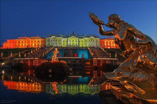 The Festival of Fountains in Peterhof, St. Petersburg, Russia, photo 3