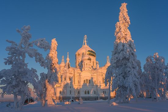 Holy Cross Cathedral, White Mountain, Perm region, Russia, photo 7
