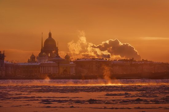 One frosty day in St. Petersburg, Russia, photo 1