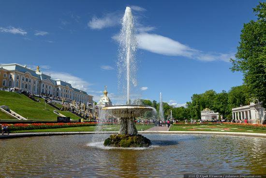 Spring in Peterhof museum, St. Petersburg, Russia, photo 3