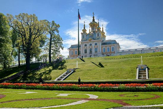 Spring in Peterhof museum, St. Petersburg, Russia, photo 4