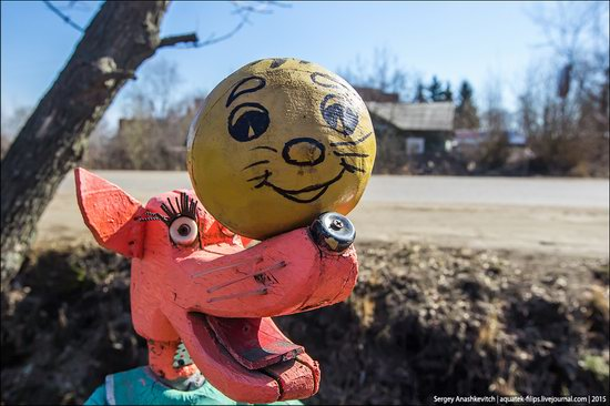 Strange self-made outdoor toys in Russia, photo 19