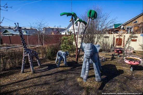 Strange self-made outdoor toys in Russia, photo 23