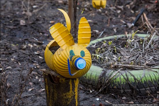 Strange self-made outdoor toys in Russia, photo 7