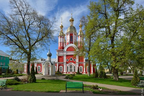 Majestic churches of Tambov, Russia in spring, photo 10