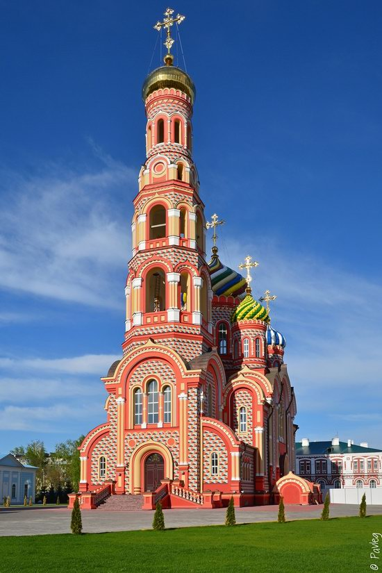 Majestic churches of Tambov, Russia in spring, photo 15