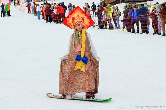 The carnival-parade at the festival GrelkaFest in Sheregesh, Russia, photo 25