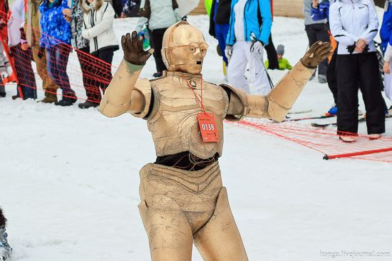 The carnival-parade at the festival GrelkaFest in Sheregesh, Russia, photo 26