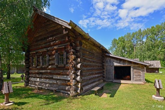 Wooden architecture museum Kostroma Sloboda, Russia, photo 12