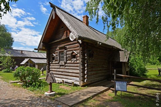 Wooden architecture museum Kostroma Sloboda, Russia, photo 15