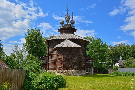 Wooden architecture museum Kostroma Sloboda, Russia, photo 2