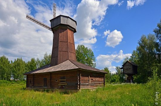 Wooden architecture museum Kostroma Sloboda, Russia, photo 22