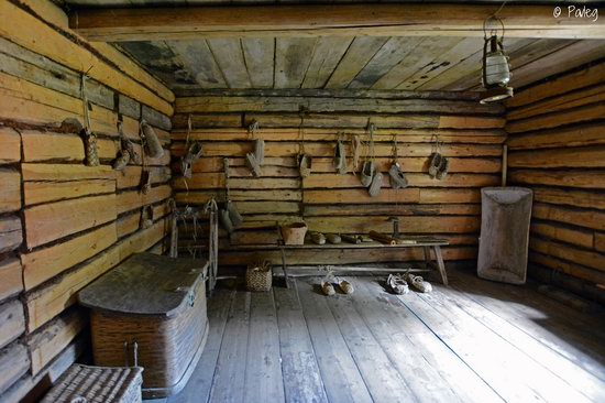 Wooden architecture museum Kostroma Sloboda, Russia, photo 6