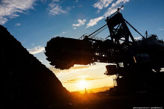 Borodinsky coal strip mine, Russia, photo 1