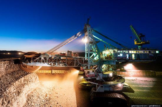 Borodinsky coal strip mine, Russia, photo 2