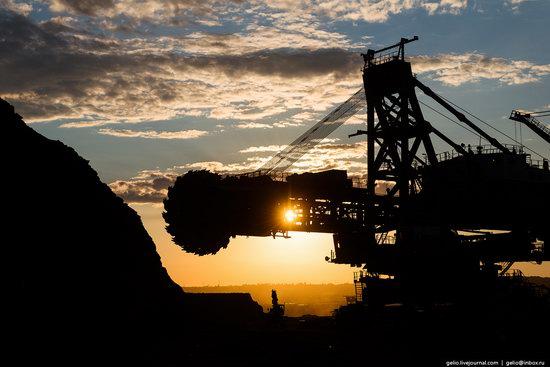 Borodinsky coal strip mine, Russia, photo 21
