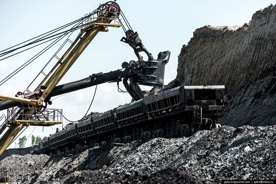 Borodinsky coal strip mine, Russia, photo 6
