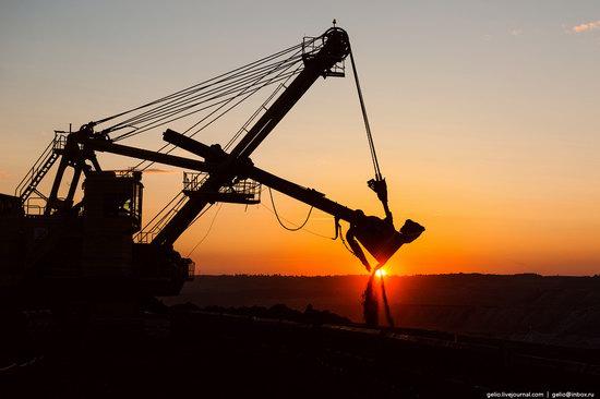 Borodinsky coal strip mine, Russia, photo 7