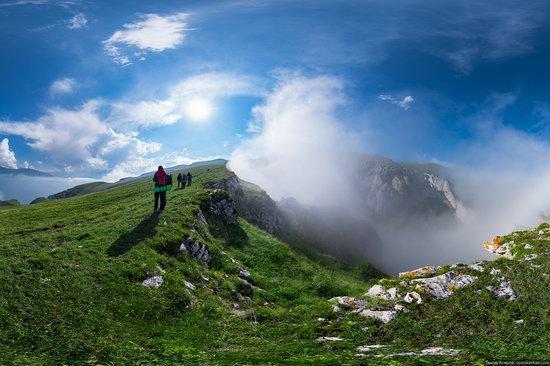 Climbing Stolovaya Mountain, Caucasus, Russia, photo 11