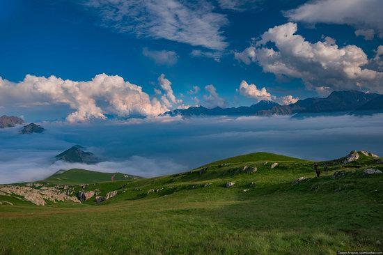 Climbing Stolovaya Mountain, Caucasus, Russia, photo 12