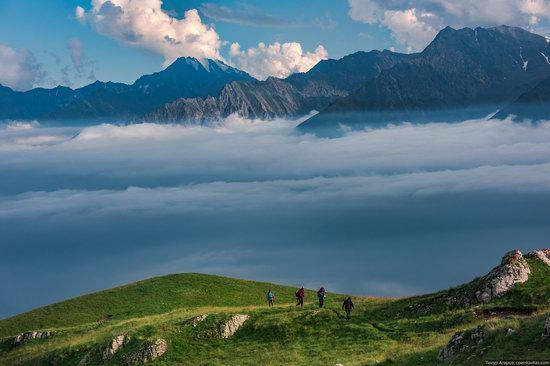 Climbing Stolovaya Mountain, Caucasus, Russia, photo 13