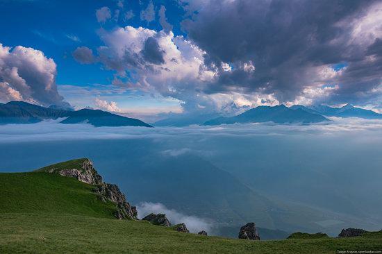 Climbing Stolovaya Mountain, Caucasus, Russia, photo 16