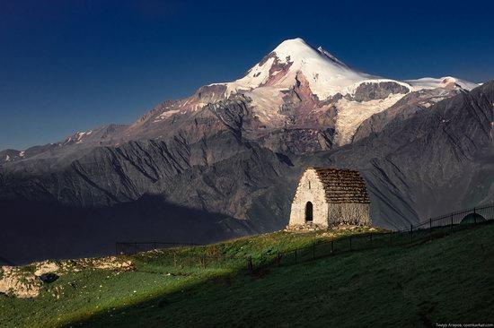 Climbing Stolovaya Mountain, Caucasus, Russia, photo 3