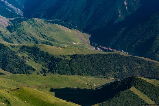 Climbing Stolovaya Mountain, Caucasus, Russia, photo 6