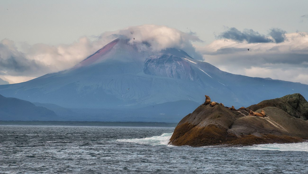 The Eastern Coast of Kamchatka – the Pacific Ocean ...