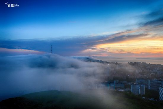 Foggy day in Vladivostok, Russia, photo 1