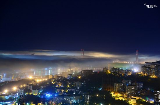 Foggy day in Vladivostok, Russia, photo 12
