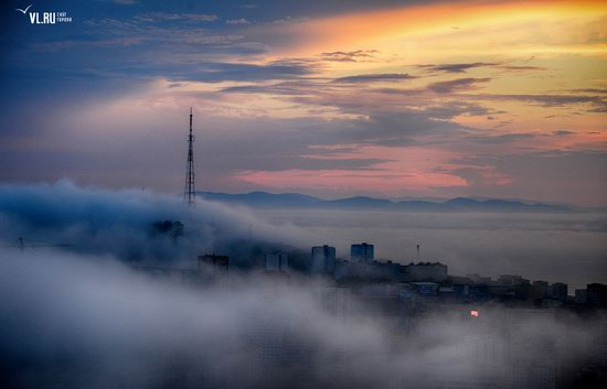 Foggy day in Vladivostok, Russia, photo 2