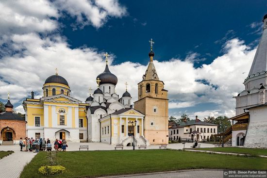 Holy Assumption Monastery, Staritsa, Russia, photo 12