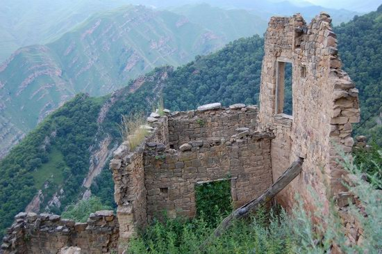 Abandoned Gamsutl village, Dagestan, Russia, photo 16