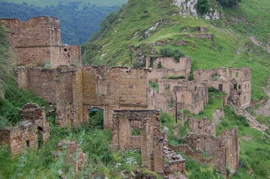 Abandoned Gamsutl village, Dagestan, Russia, photo 23