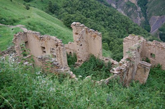 Abandoned Gamsutl village, Dagestan, Russia, photo 4