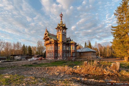 Wooden Palace in Astashovo, Kostroma region, Russia, photo 1