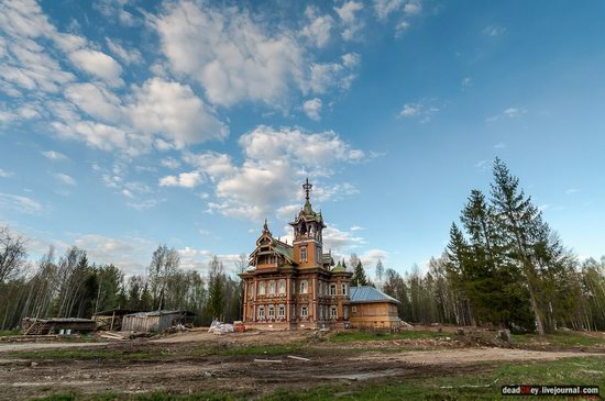 Wooden Palace in Astashovo, Kostroma region, Russia, photo 13