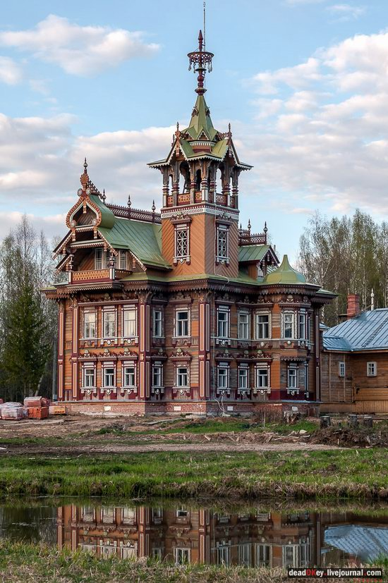 Wooden Palace in Astashovo, Kostroma region, Russia, photo 14
