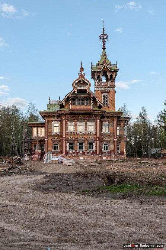 Wooden Palace in Astashovo, Kostroma region, Russia, photo 16