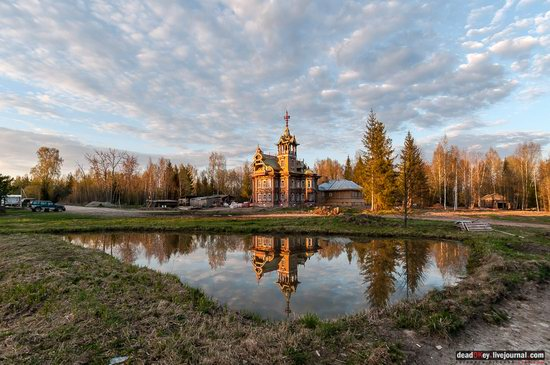 Wooden Palace in Astashovo, Kostroma region, Russia, photo 2