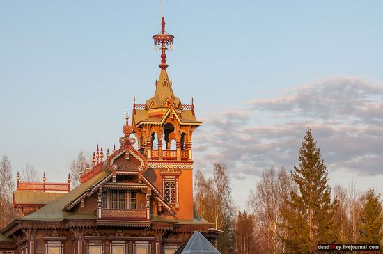 Wooden Palace in Astashovo, Kostroma region, Russia, photo 4