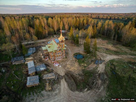 Wooden Palace in Astashovo, Kostroma region, Russia, photo 9
