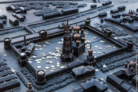 Bronze monument Miniature Tula, Russia, photo 3